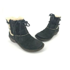 UGG Cove Ankle Wrap Boots Leather Shearling Tie